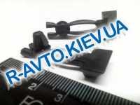 Пистон   5. молдинга концевой ВАЗ 2103-06 (уп. 500шт.)